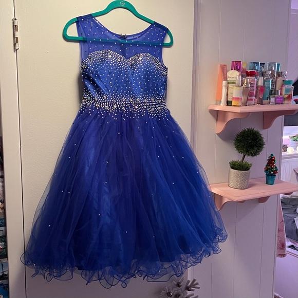 Beautiful girls blue party dress, Christmas, NWT!